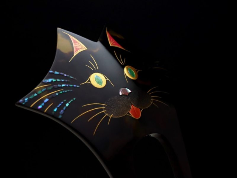 猫かんざし、本物志向のべっ甲螺鈿金蒔絵ねこかんざし