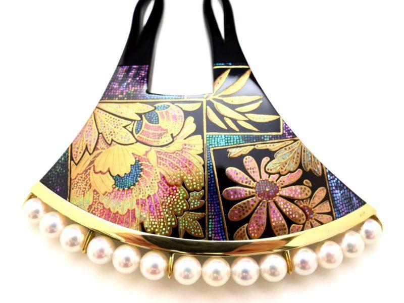べっ甲牡丹菊笹文様螺鈿金蒔絵かんざし|華やかな色留袖、訪問着など準礼装の装いにお勧め