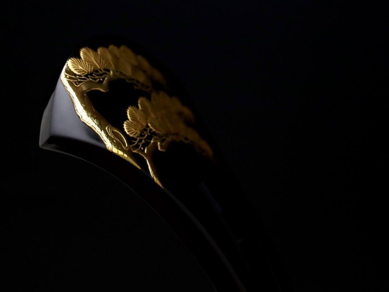 結婚式、黒留袖にお勧め、べっ甲老松金蒔絵かんざし2020