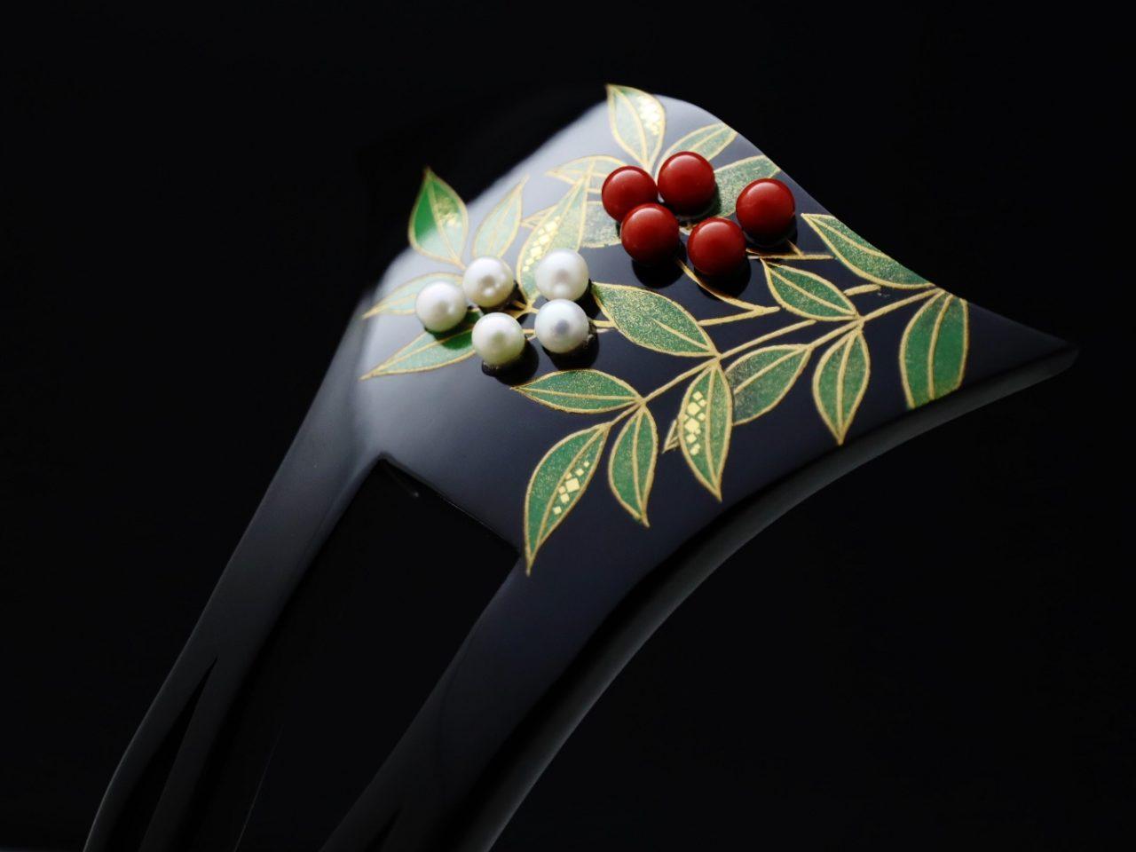 結婚式、おめでたい式典などにお勧めな縁起物のべっ甲南天雀金蒔絵かんざし2020・①