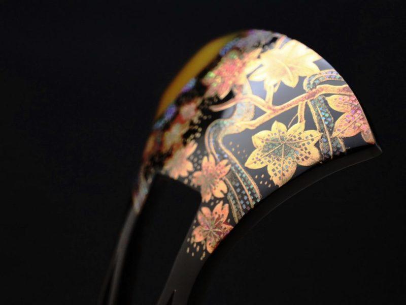 先白べっ甲桜楓流水螺鈿金蒔絵かんざし