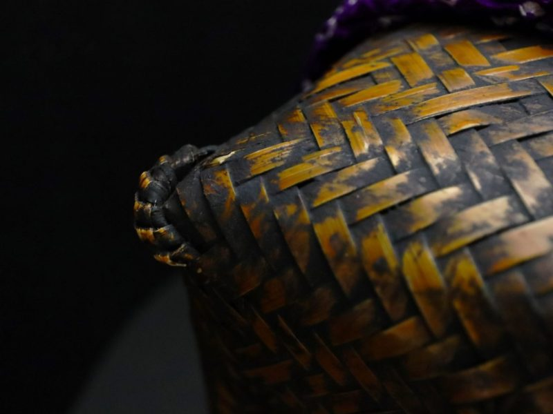 尺篭2020|希少な尺篭。贅沢で個性的な正絹総絞りの籠付巾着