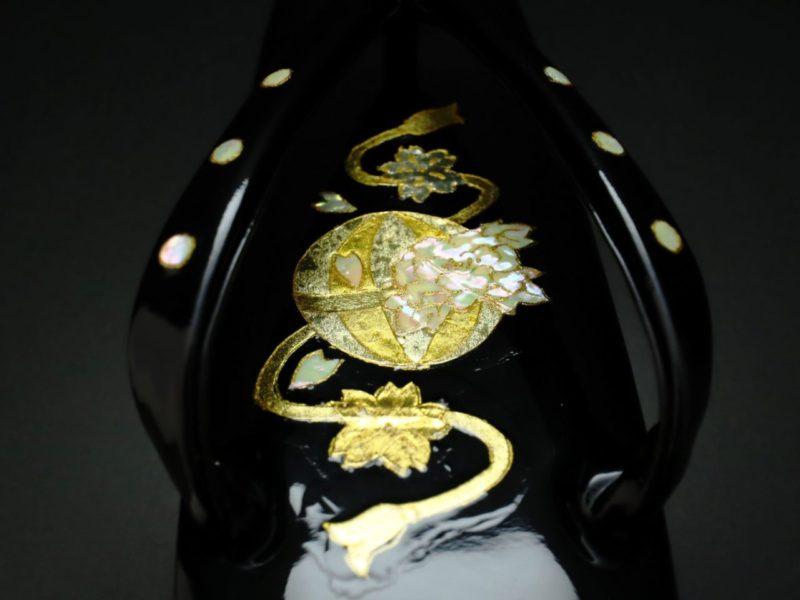 本革螺鈿金箔装飾草履2019