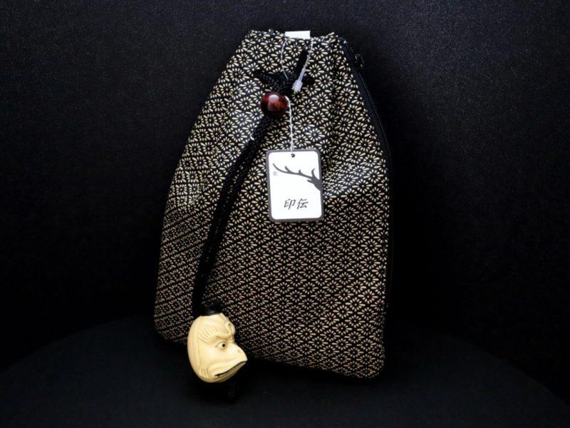 紳士用の粋な和装小物。印伝棒挿し式煙草入れ風小物入れと腰巾着